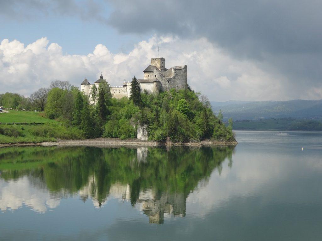 castle niedzica, poland, monument